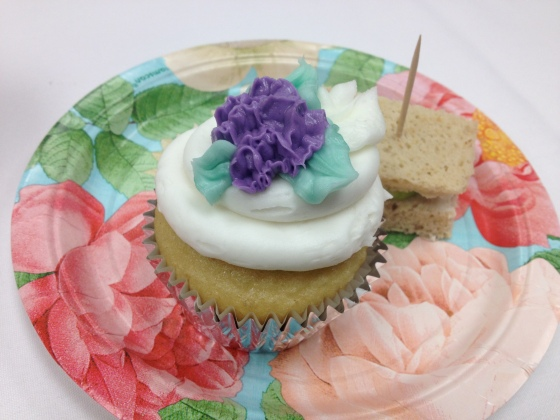 Tea party gluten-free cupcakes!